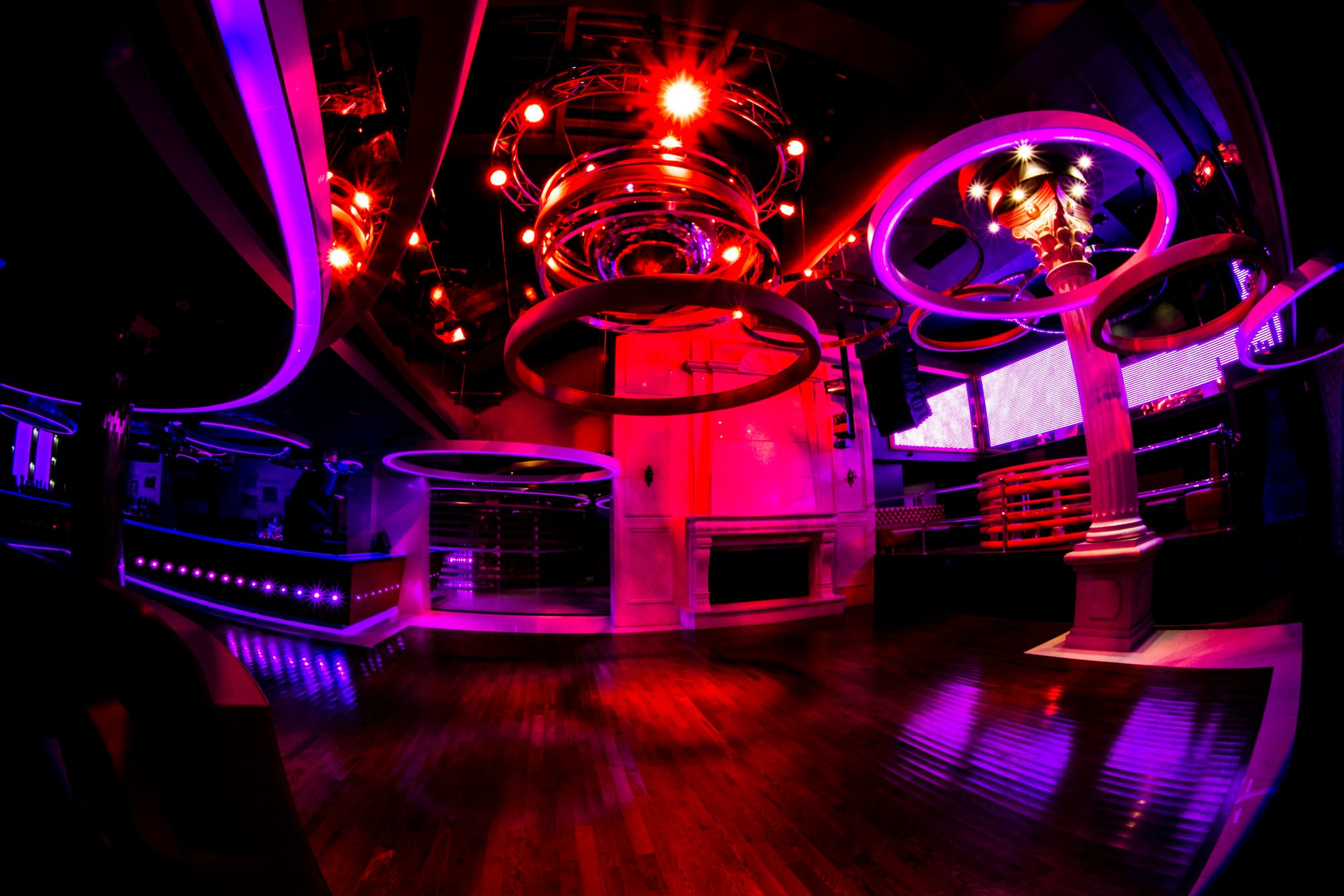 CLUB GLAZZ, Queens